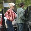 Gwen Stefani slips a bra
