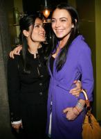 Lindsay Lohan kisses Salma Hayek