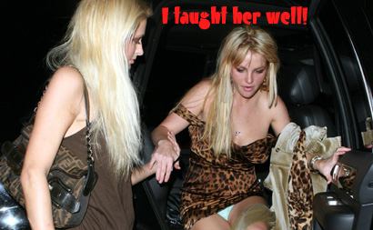 Britney Spears upskirt flash crotch panties panty