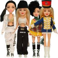Gwen Stefani dolls