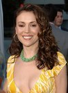 Alyssa Milano exposed her cleavage in Cannes