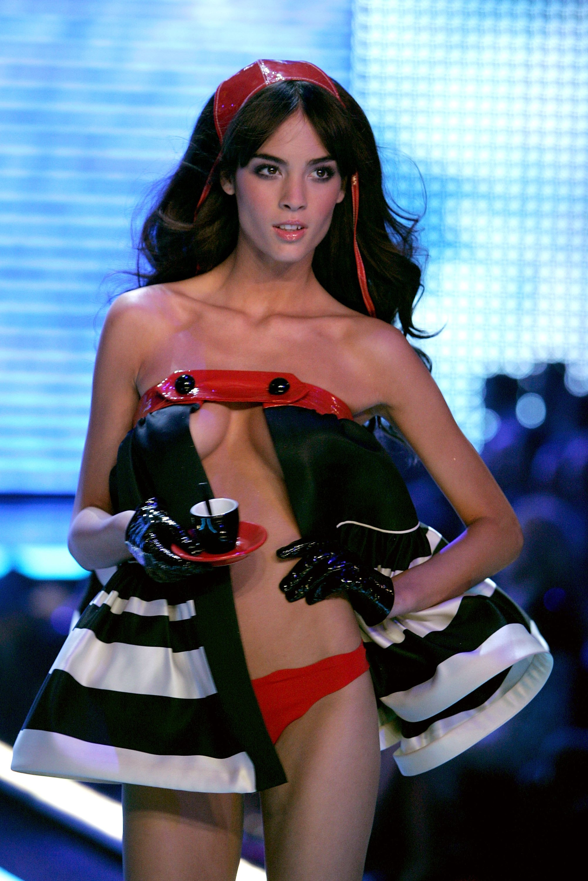 Victoria's Secret Angels Fashion Show pictures Andi Muise