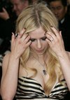 Avril Lavigne exposed her cleavage in Cannes