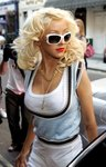 Christina Aguilera exposed her cleavage in a tank top
