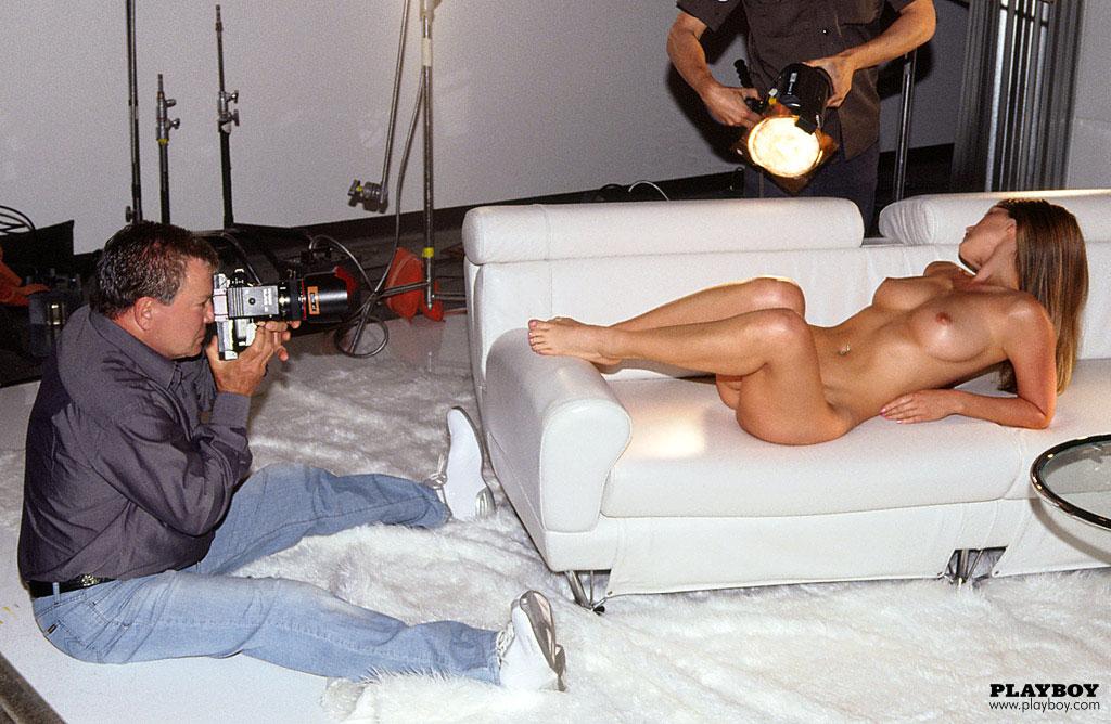 подхватываю ритм как снимают рекламы там где голые женщины был очень большой