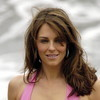 Elizabeth Hurley exposed her nip slip