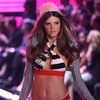 Jeisa Chiminazzo exposed her bra and panties for Victorias Secret