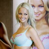 Jennifer Ellison exposed her blue bra