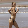 Kate Hudson exposed her skimpy bikini