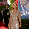 Kate Walsh exposed her cleavage