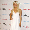 Kristin Cavallari exposed her cleavage in a white dress