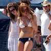 Lindsay Lohan exposed her boobs and butt in a bikinis