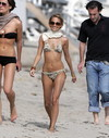 Nicole Richie exposed her string bikini