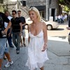 Tara Reid exposed her plunging cleavage