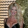 Victoria Silvstedt exposed her pokies in Cannes